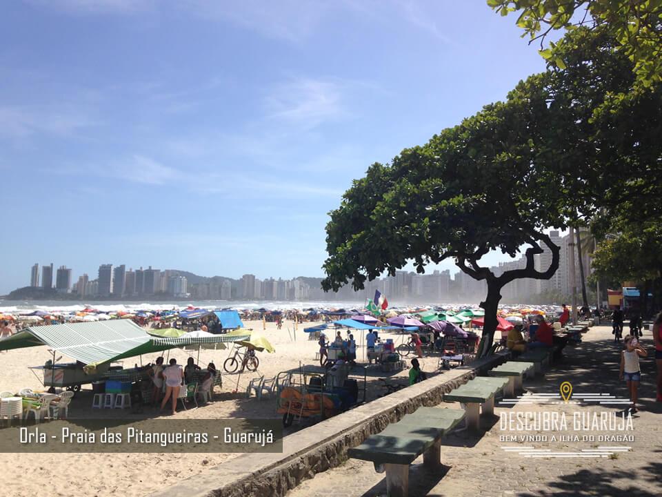 Orla da Praia das Pitangueiras em Guarujá