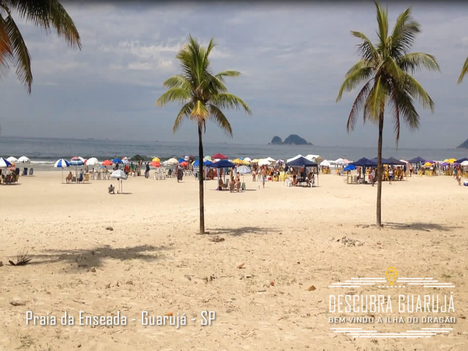 Vista da Praia da enseada no Guarujá - Litoral SP