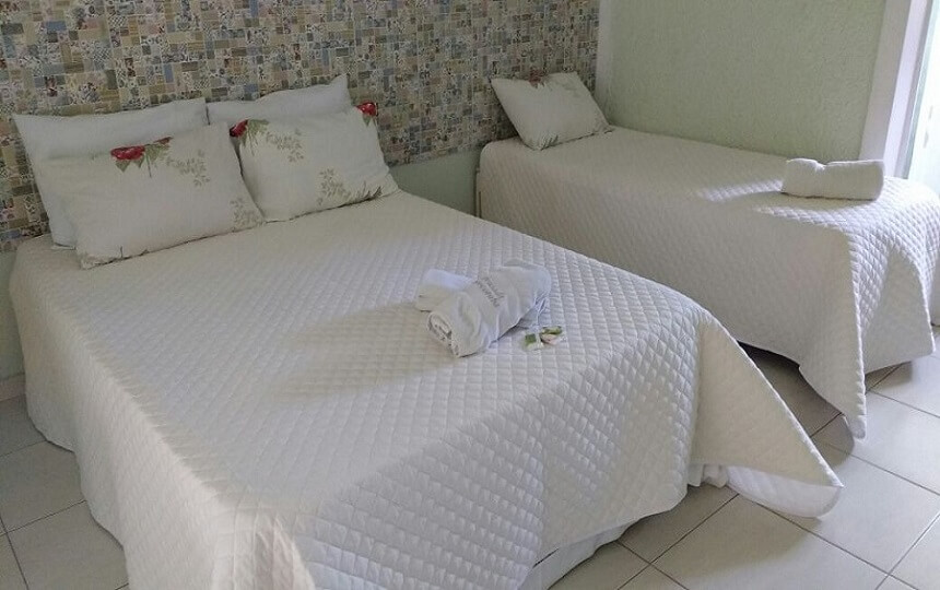 Suites Pousada Sorocotuba Praia da Enseada em guarujá