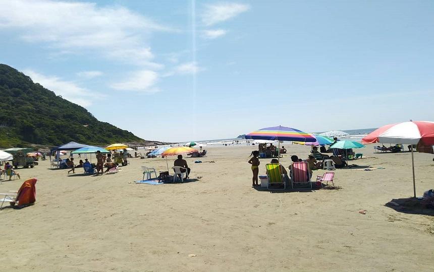 Praia do Guarau em Peruíbe SP