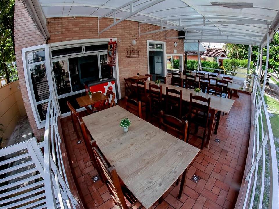 Espaço Cafe no Guarujá Hostel