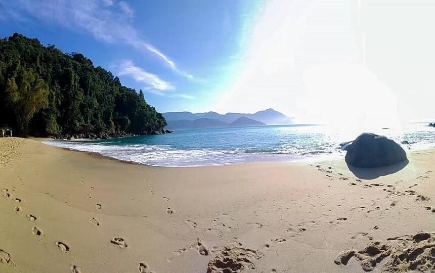 Praia do Cedro em Ubatuba SP