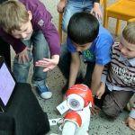 cowriter-150x150 Crea un robot desactivador de explosivos