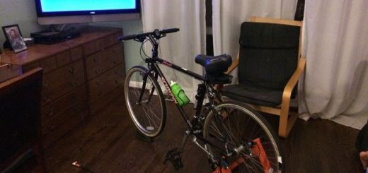 notvarduino - Una bici que te hace pedalear si quieres ver la tele controlada con #Arduino