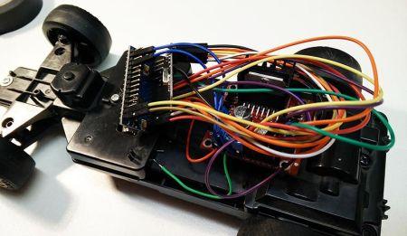 cocherc-arduino2-450x261 Conduce un coche de radio control con mando de volante USB con Arduino