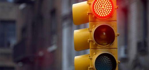 semaforo arduino - Tutorial de Arduino: Cruce de semáforos LED