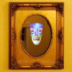 Arduino te ayuda a crear un espejo mágico para Halloween
