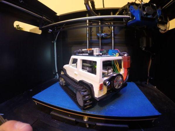 jeep-arduino-599x450 Arduino controla este jeep de control remoto impreso en 3D