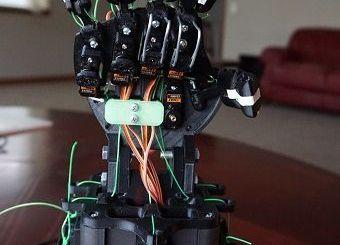 mano robotica - Aprende robótica y programación con esta mano robótica