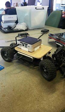 robotautonomodiy1 El primer robot DIY que aprende a conducir por su cuenta