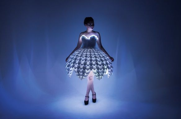 ester04 - Ester, un wearable elegante y precioso, un vestido de película