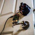 cerradura-raspberry-pi-150x150 Convierte una lámpara de Ikea en un reproductor con Raspberry Pi