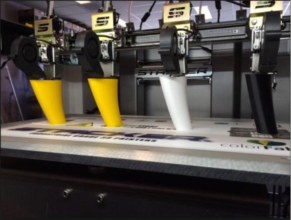 stacker s4 en serie 595x450 - Cómo utilizar la Impresión en 3D en pequeñas producciones
