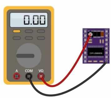 GND y potenciómetro - Cómo controlar un motor de pasos con el conductor DRV8825 y Arduino