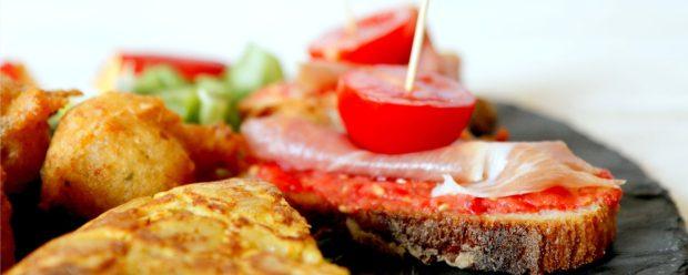 Pan con Tomate y Jamon Serrano
