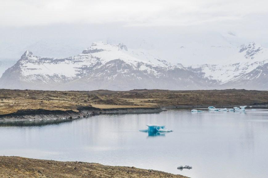 Laguna Jokulsarlón en el sur de Islandia