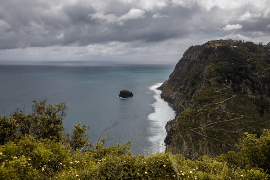 Acantilado de Sao Jorge en el Noreste de Madeira.