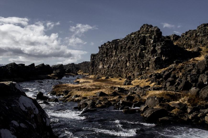 Canón de Thingvellir en el circulo dorado de Islandia