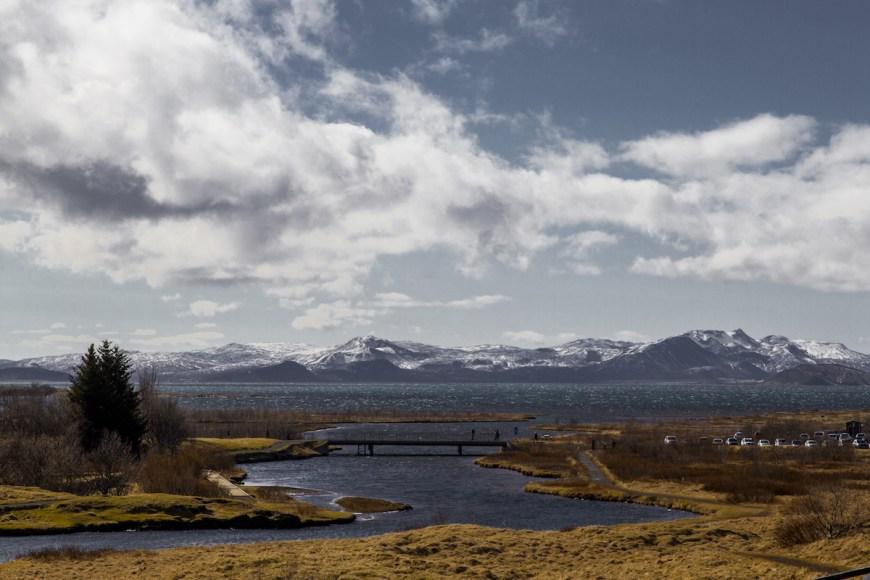 Lago Bingvallavatn en el parque nacional de Thinvellir en el circulo dorado de Islandia