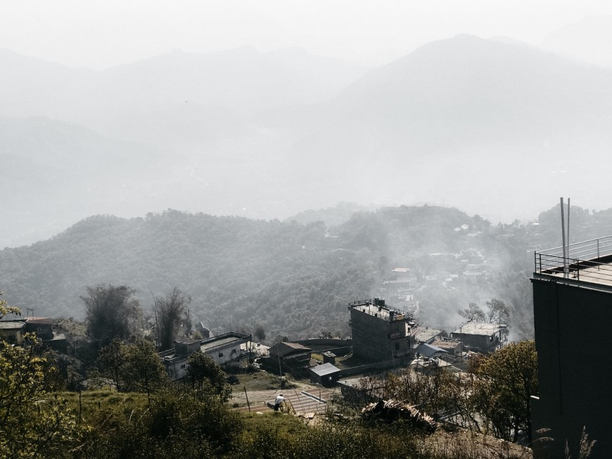Vistas del Sarangkot des del balcón del hotel, nepal