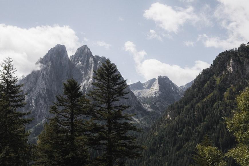 picos els encantats en el parc nacional d'aiguestortes i sant maurici