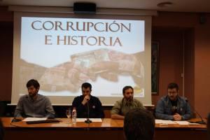 El equipo de Ad Absurdum en el ciclo 'Corrupción e Historia'
