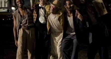 Imagem de divulgação do filme, com vários atores.