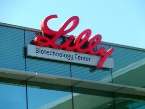 Former FDA Official Testifies that Eli Lilly Lied about Drug Side Effects