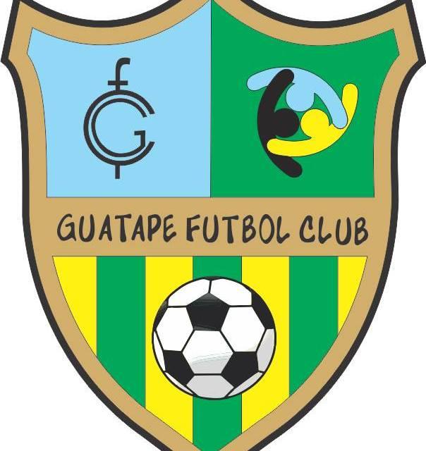 Guatapé Futbol Club hace reconocimiento a sus deportistas