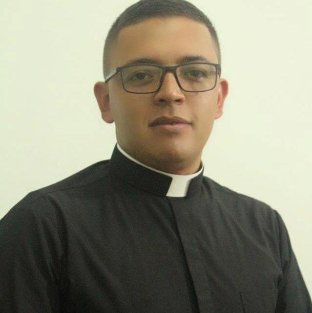 Ordenación Sacerdotal del Diácono León Darío Castañeda Osorio
