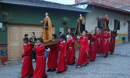 Se celebra en las veredas la Peña y Sonadora la semana santa