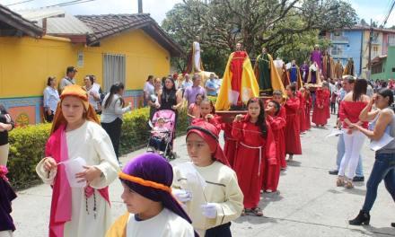 Cargueritos e israelitas imprimen un carácter especial a la Semana Santa