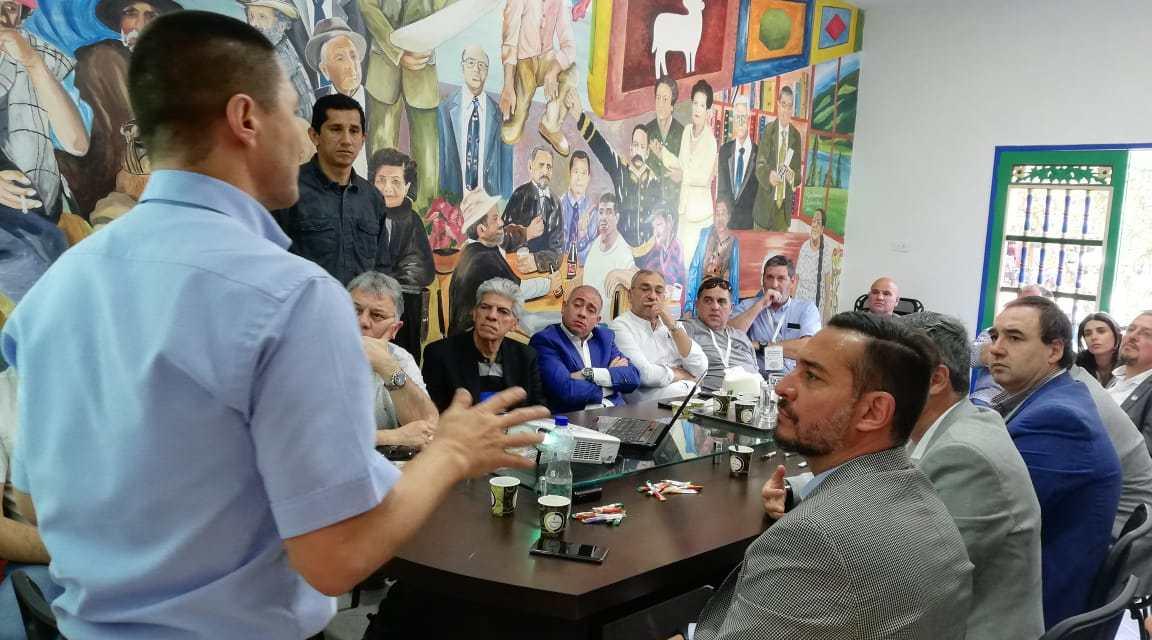 Delegación de Argentina visita a Guatapé
