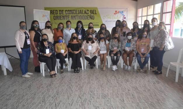 Concejalas del oriente se reunieron en Guatapé