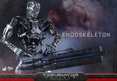 Terminator-Genisys-T-800-Hot-Toys-004