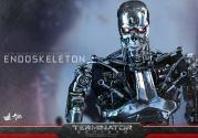Terminator-Genisys-T-800-Hot-Toys-010