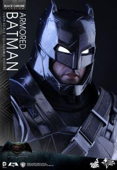 Hot-Toys-BvS-Black-Chrome-Armored-Batman-009