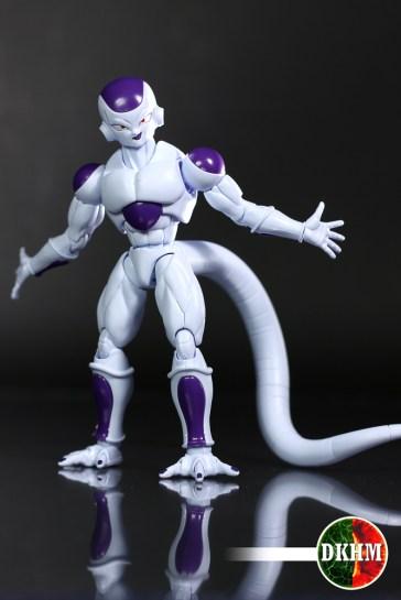 freezer-figure-rise-105