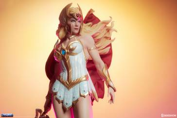 masters-of-the-universe-she-ra-statue-200495-02