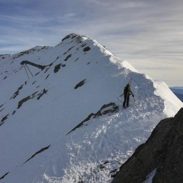 Herido grave al provocar un alud esquiando fuera de pistas en Cerler