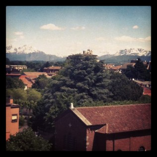 Los Alpes con día soleado