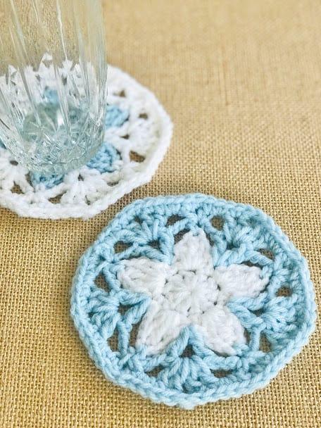 Crochet lace coaster pattern