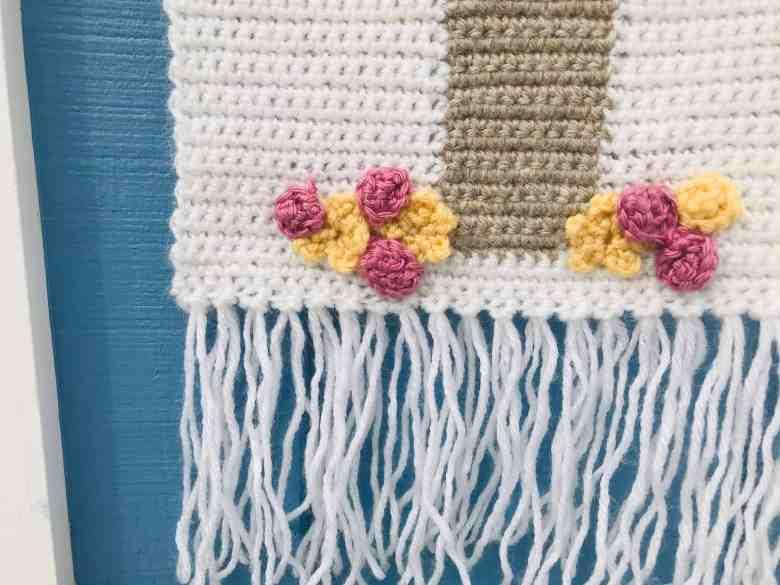 crochet cross with flowers