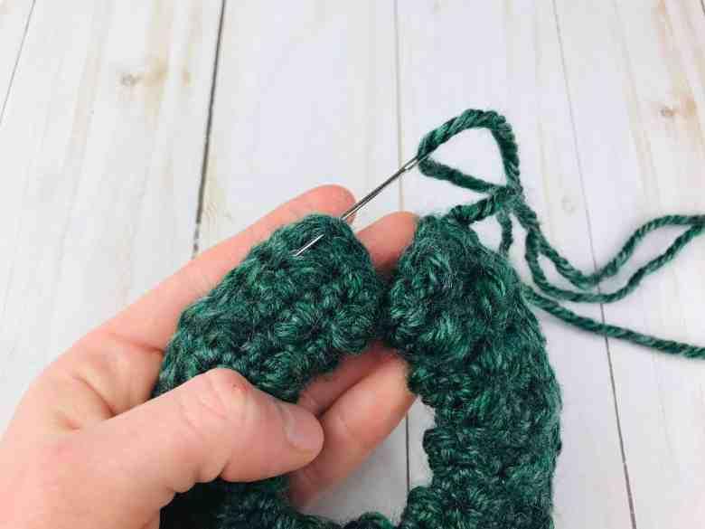 tutoriel d'assemblage d'ornement de couronne au crochet