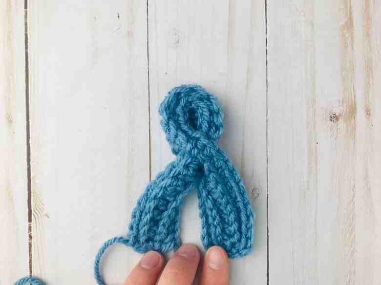 terminer une écharpe en trou de serrure au crochet