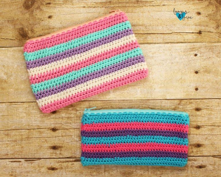 Half double crochet zipper pouch