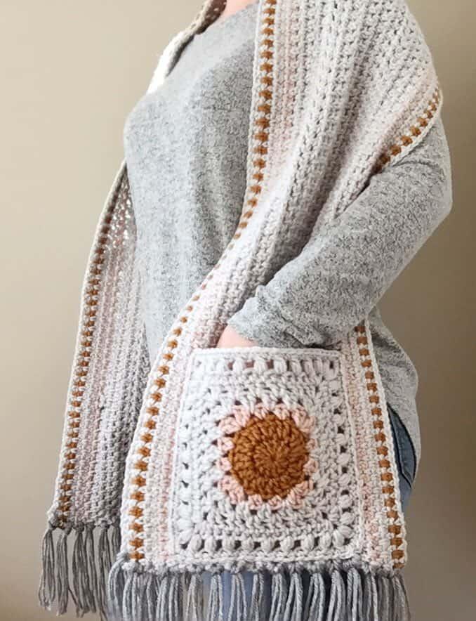 I Love this Yarn Pocket Shawl crochet pattern