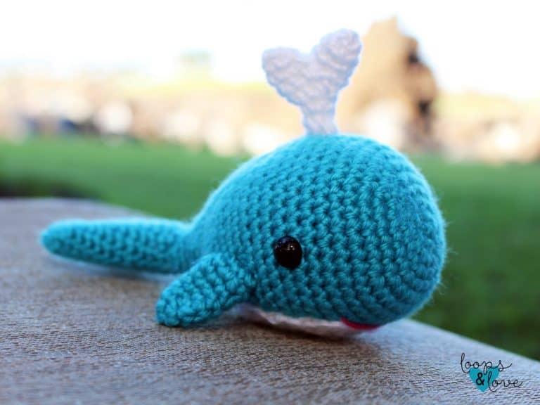 crochet whale amigurumi pattern
