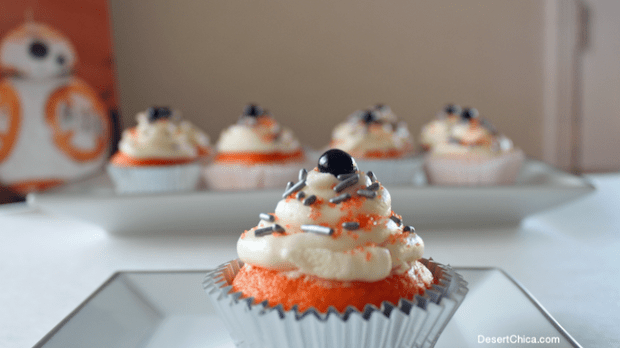 Yummy Desserts Star Wars BB8 Cupcakes Movie Marathon Night at the Movies