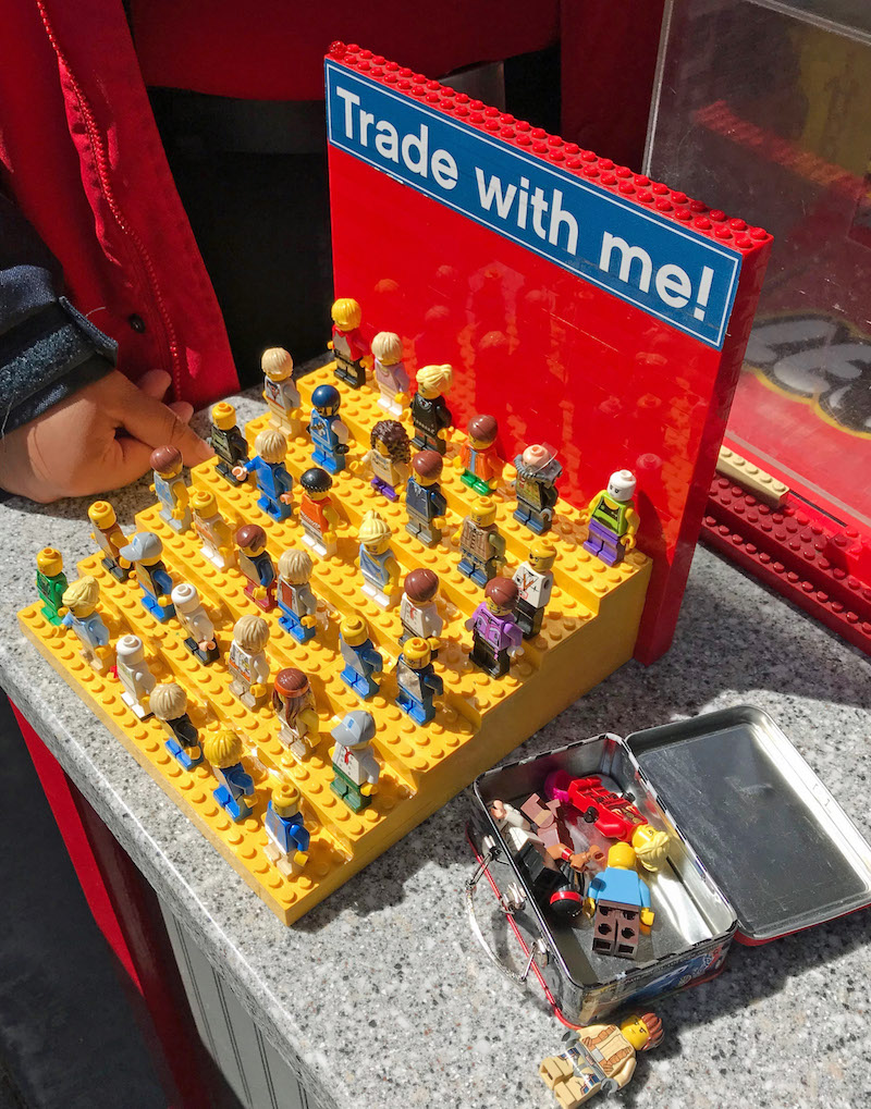 Trading Minifigures at LEGOLAND California